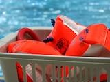Schwimmflügel sind eine gute Unterstützung für Kinder