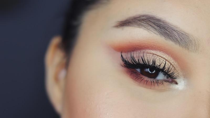 Augenbrauen richtig schminken - so geht's