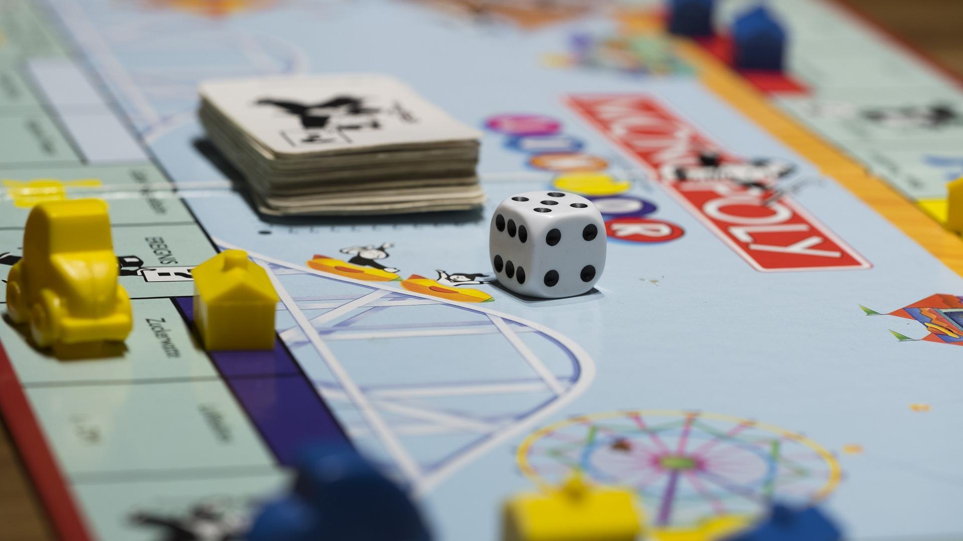 Monopoly: So viel Geld erhalten Spieler bei den verschiedenen Versionen
