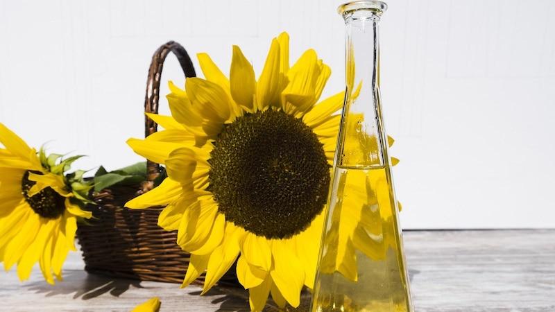 Sonnenblumenöl ist reich an Vitamin E und pflegt Ihre Haut von innen.