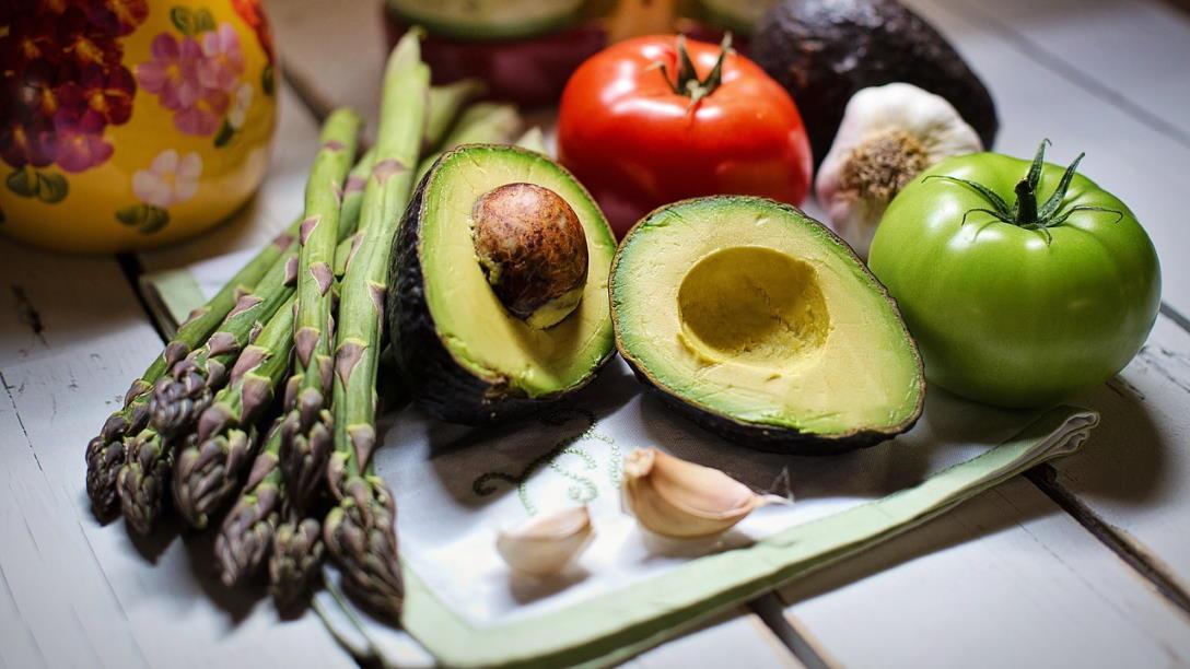 Avocado roh essen - so bereiten Sie das Obst zu