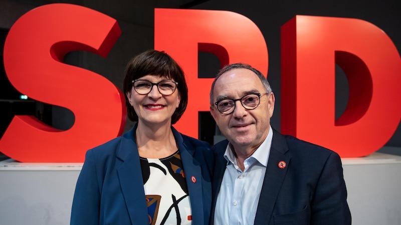 Die SPD-Politiker Saskia Esken (l.) und Norbert Walter-Borjans