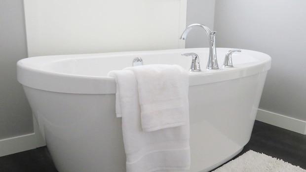 Bei Erkältung baden: Was Sie dabei beachten sollten