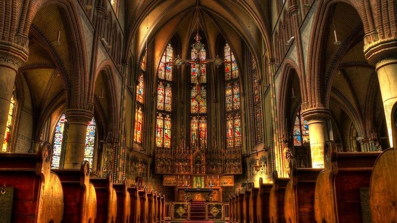 Gottesdienst online schauen: Livestream und TV-Termine zu katholischen und evangelischen Messen