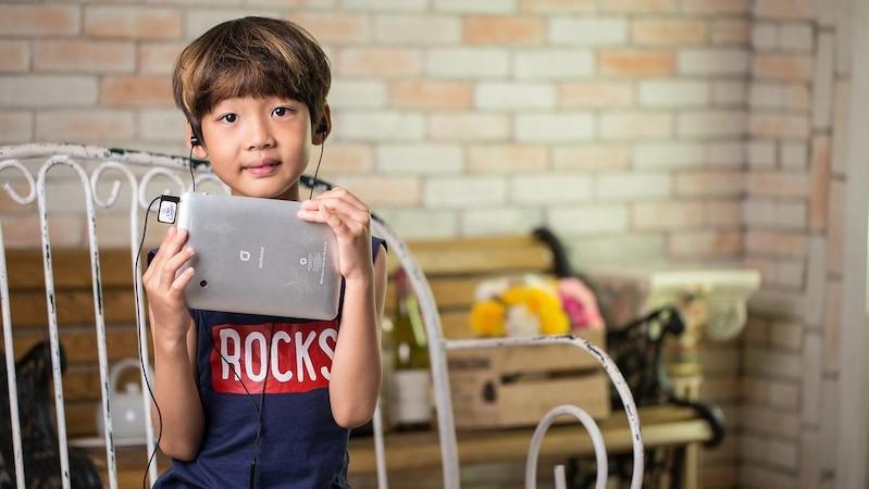 Mit Podcasts kommt für Kinder keine Langeweile auf