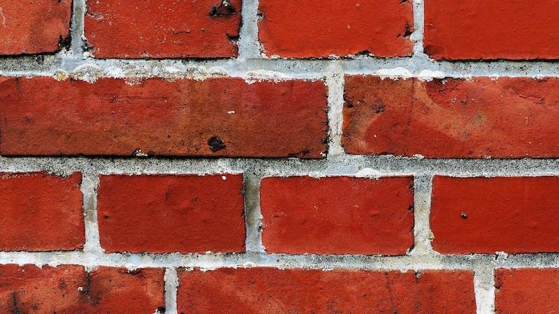 Mauerwerk trockenlegen - so gelingt's
