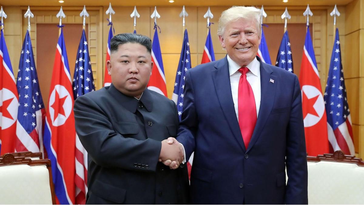 Treffen mit US-Präsident Donald Trump: Obwohl Nordkorea allgemein als politisch isoliert gilt, schüttelte Kim Jong-Un schon viele Hände mächtiger Politiker.