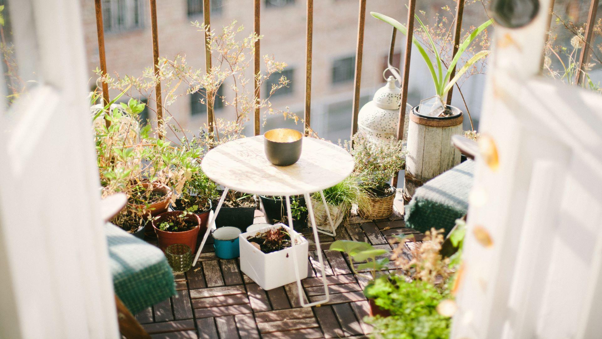 Bodenbelag für Dachterrasse: Diese Materialien eignen sich
