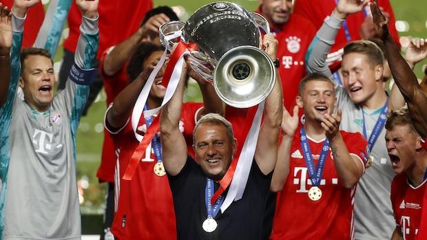 2020: Bayern-Trainer Hansi Flick reißt die Champions-League-Trophäe hoch