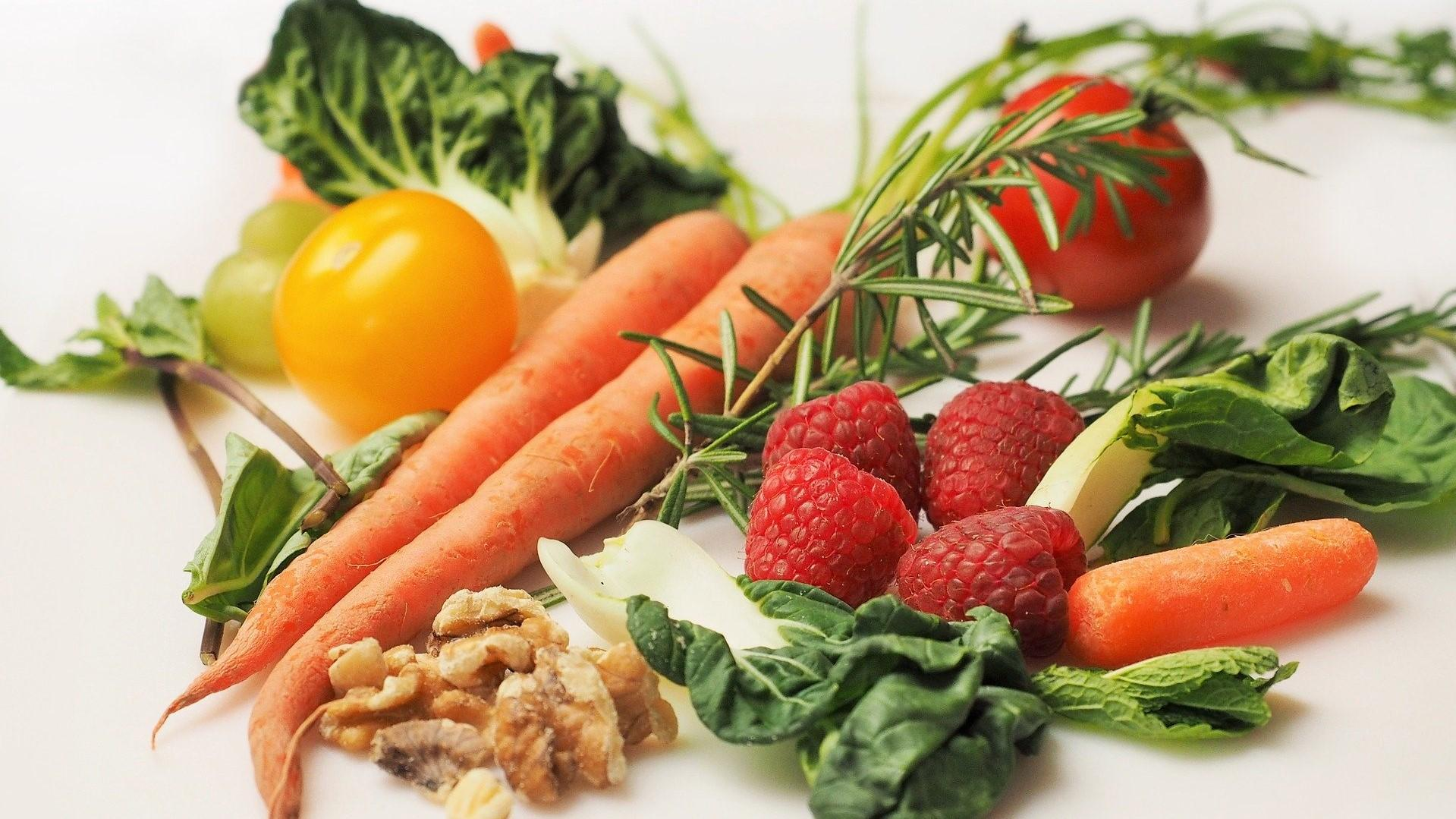 Der Nachhaltigkeit zuliebe sollte Ihre Ernährung vor allem aus Lebensmitteln pflanzlichen Ursprungs bestehen