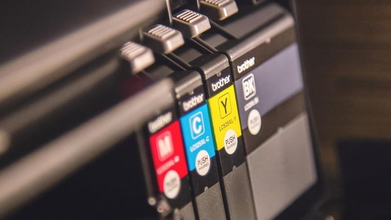 Das HP Drucker-Update rückgängig zu machen kann helfen, dass alternative Tintenpatronen vom Drucker erkannt werden.