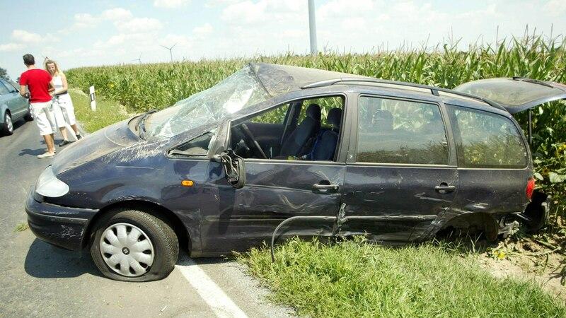 Oftmals entsteht die Angst vor dem Autofahren aufgrund erlebter Verkehrsunfälle. Es gibt aber auch Situation, in denen sich die Fahrer einfach nur sehr bedrängt fühlten durch andere Verkehrsteilnehmer.