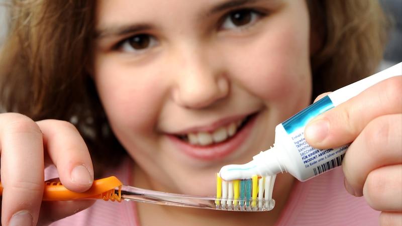Zähne richtig putzen: Diese 5 Fehler macht fast jeder