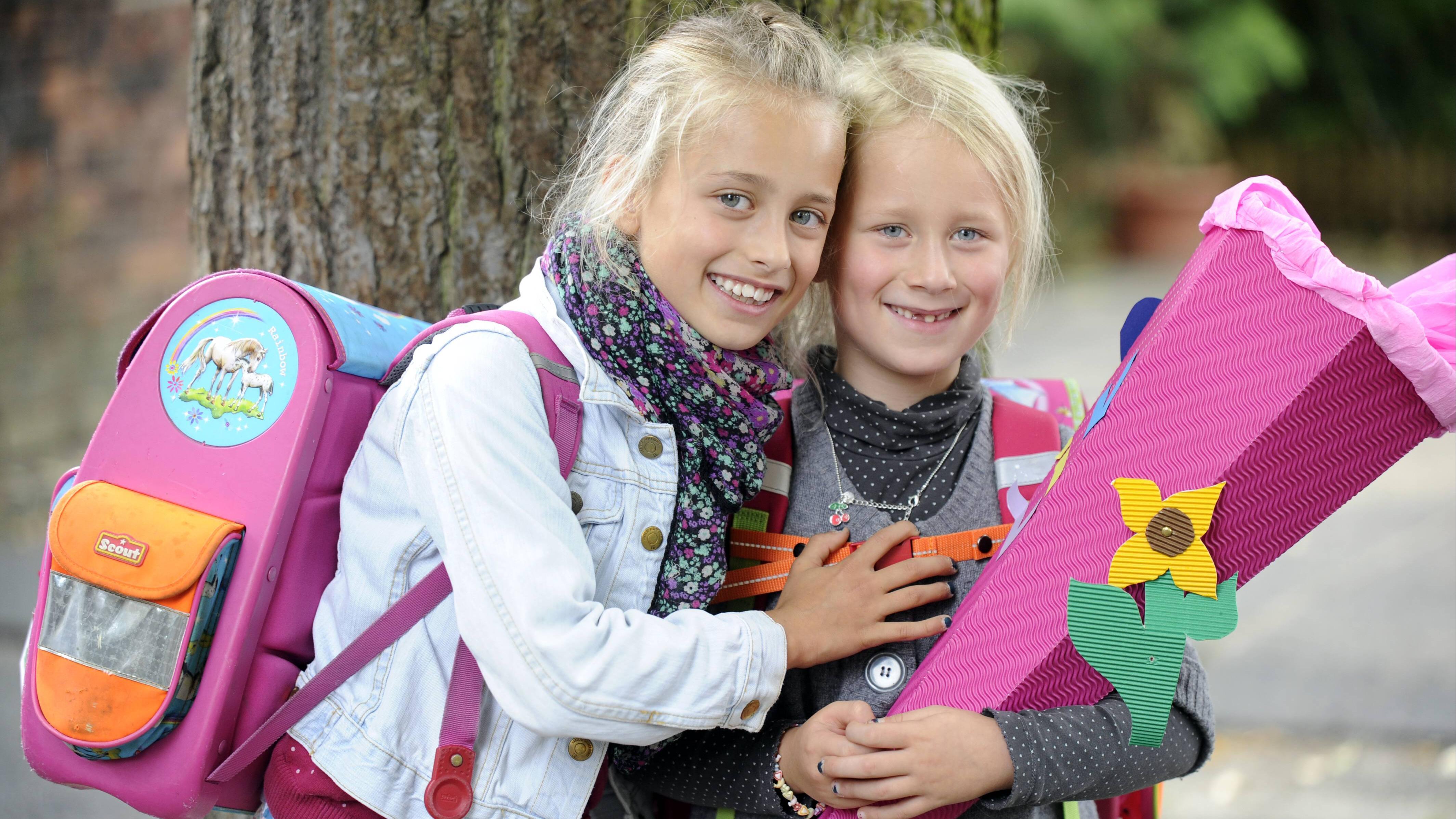 Eine vorzeitige Einschulung birgt viele Vorteile und Nachteile für ein Kind.