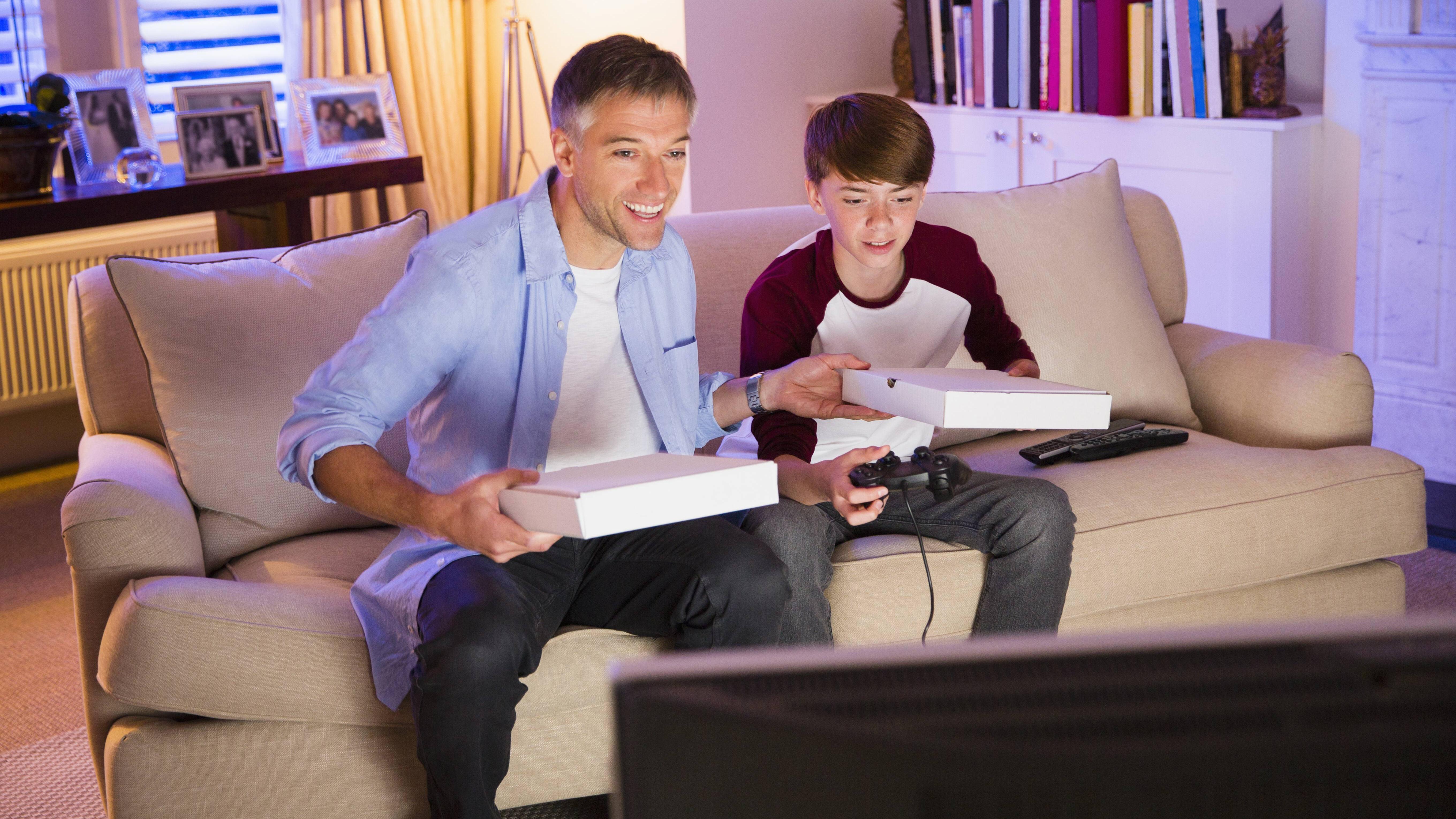 Der Vater Sohn Konflikt tritt meist während der Pubertät auf.