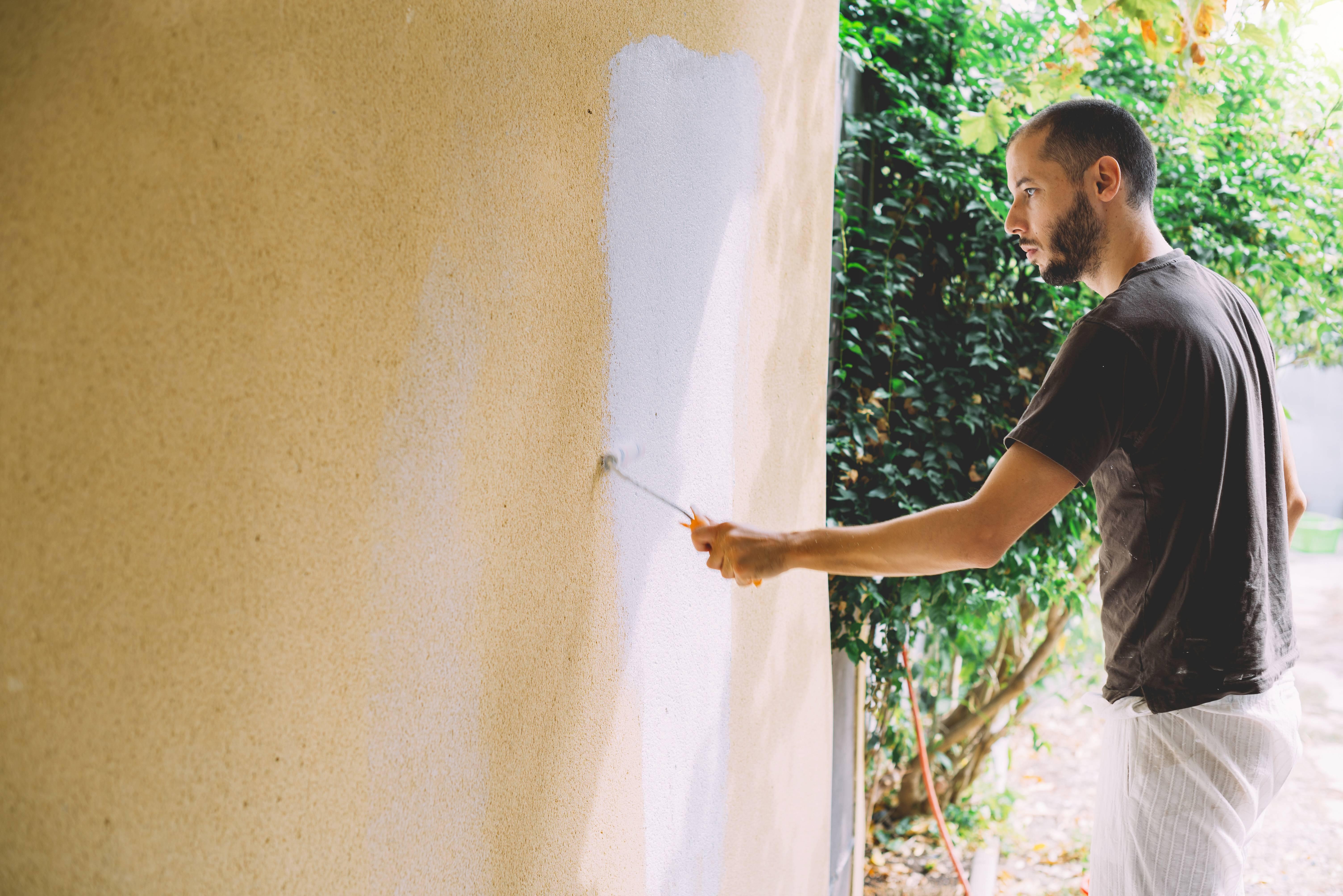 Fassade streichen: Temperatur für ein optimales Ergebnis