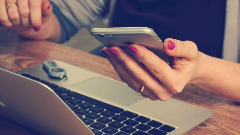 Paradox: Die besten Definitionen und Tipps zum Thema Digital Detox finden sich im Internet