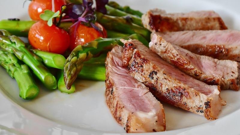 Glutamin ist in zahlreichen Lebensmitteln enthalten.