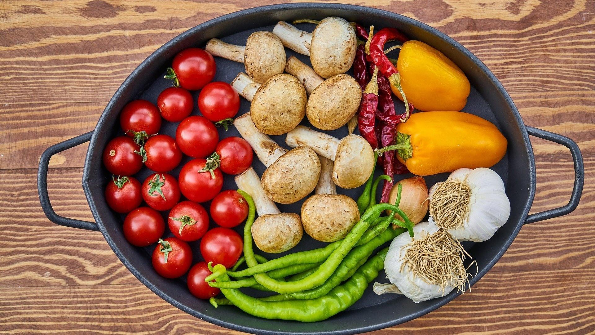Gemüse können Sie auf zwei Arten trocknen.