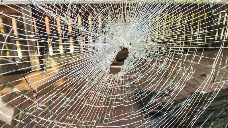 Kratzer aus Glas entfernen: Diese Hausmittel können helfen