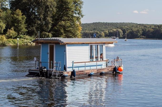 Hausboot bauen: Worauf Sie unbedingt achten sollten