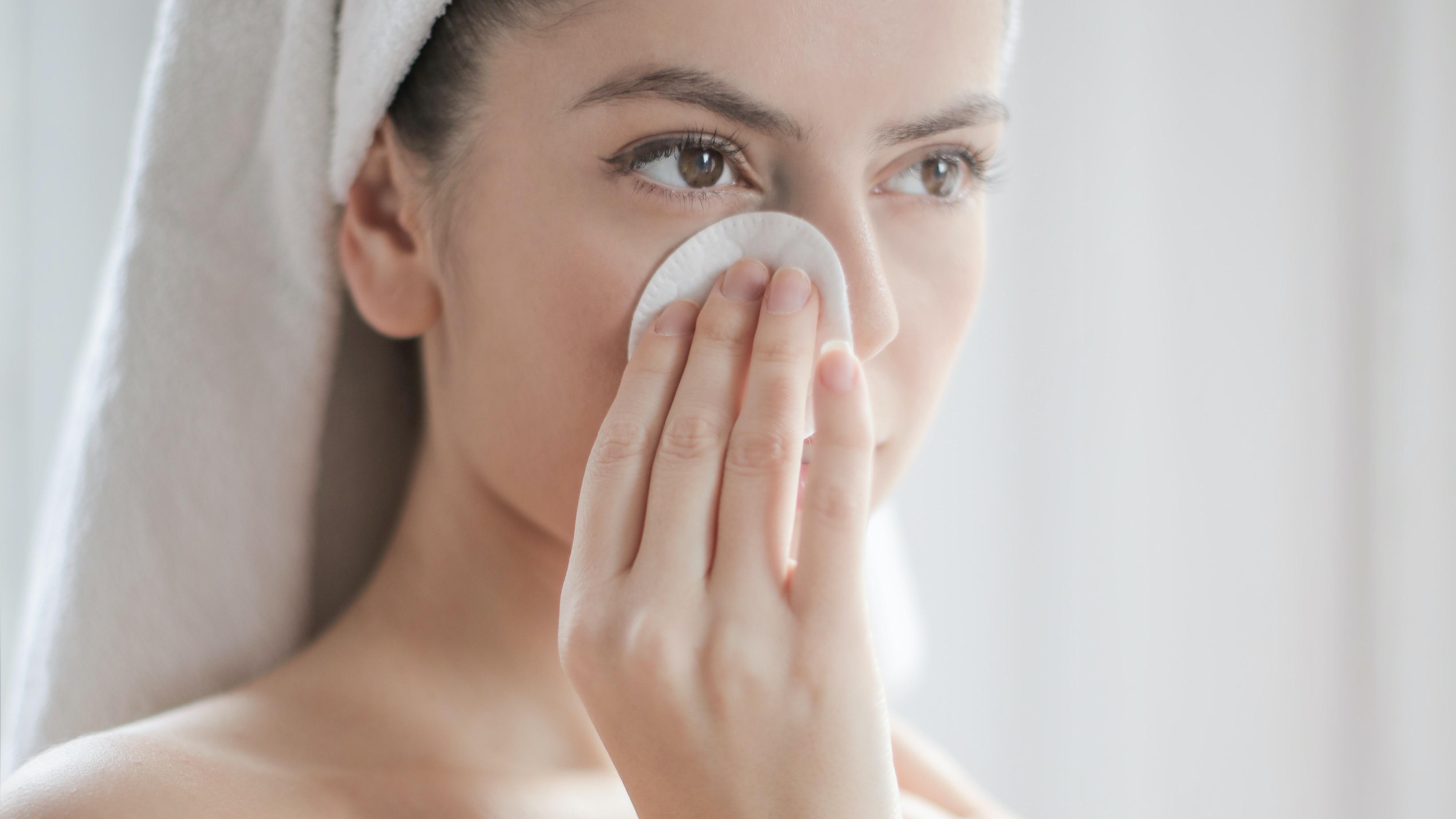 Gesichtsöl für trockene Haut: Dieses können Sie verwenden