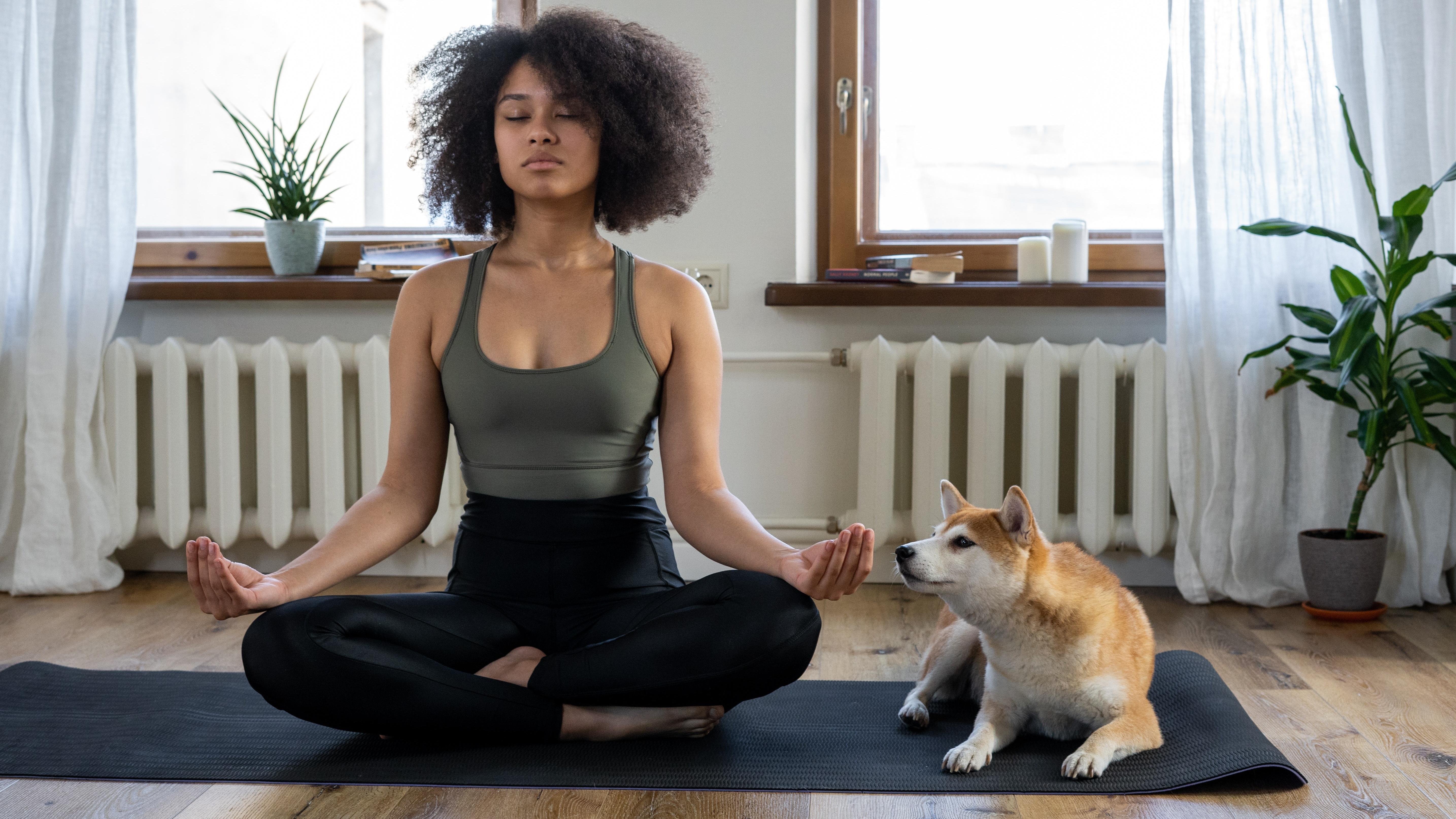Yoga bietet zahlreiche gesundheitliche Vorteile.
