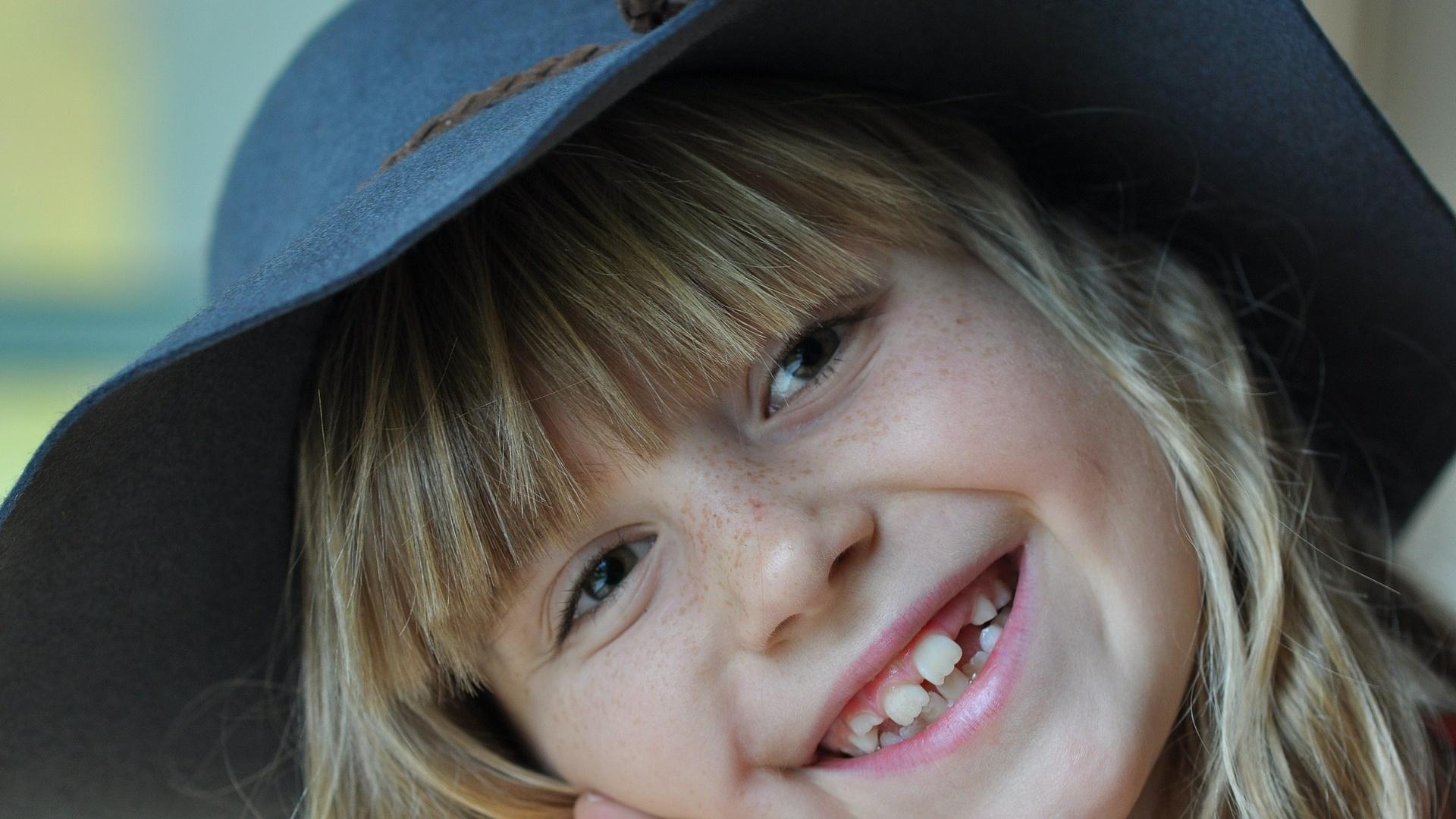 Der Zahnwechsel beim Kind sollte problemlos erfolgen.