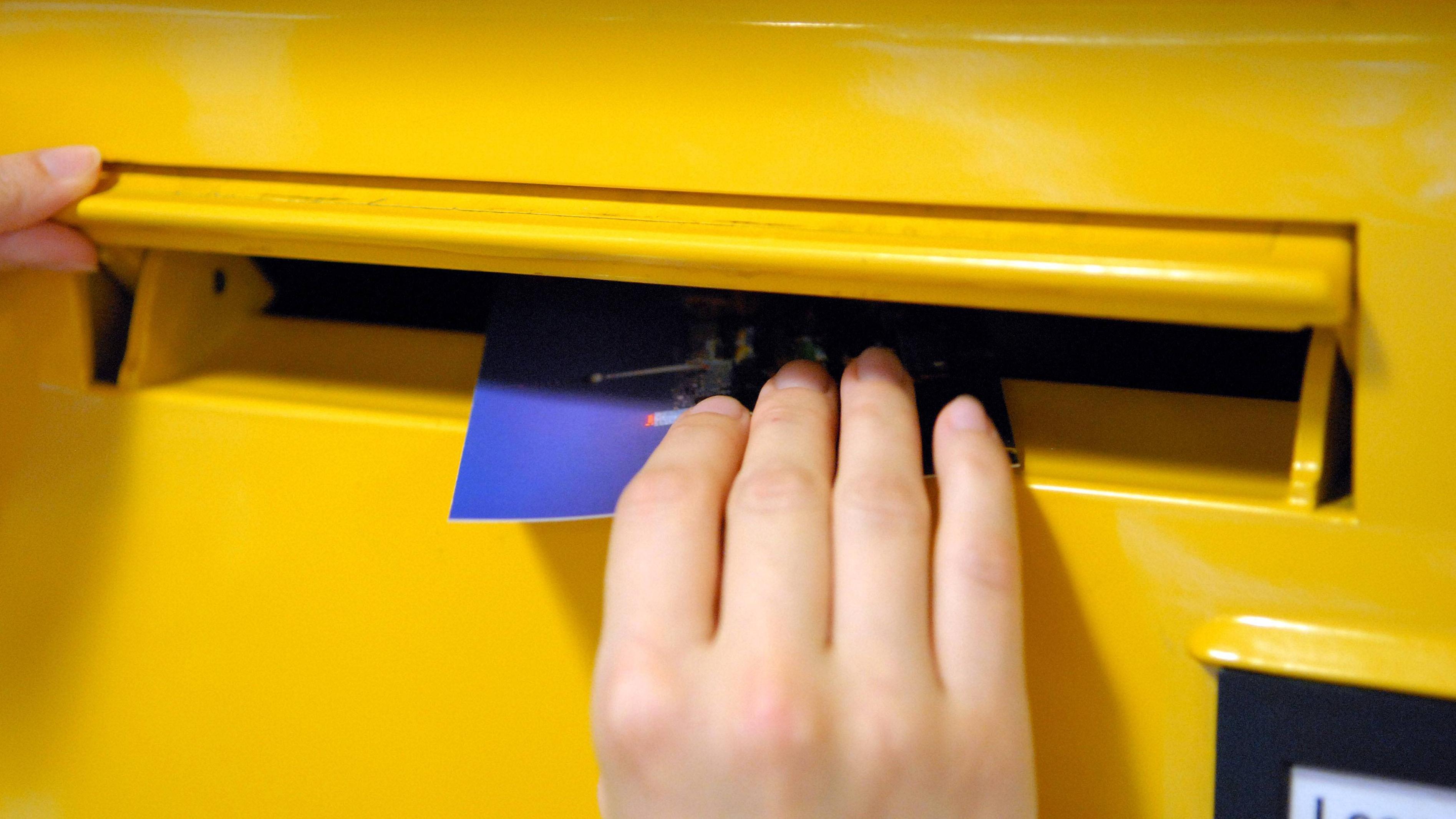 Einen Brief senden Sie im Briefkasten zurück an den Absender.