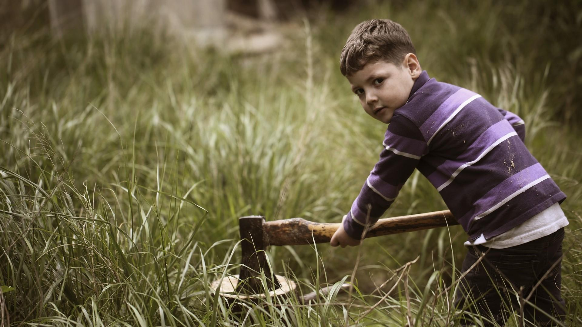 Ziel der Erziehung im Nationalsozialismus waren harte, gehorsame Kinder.