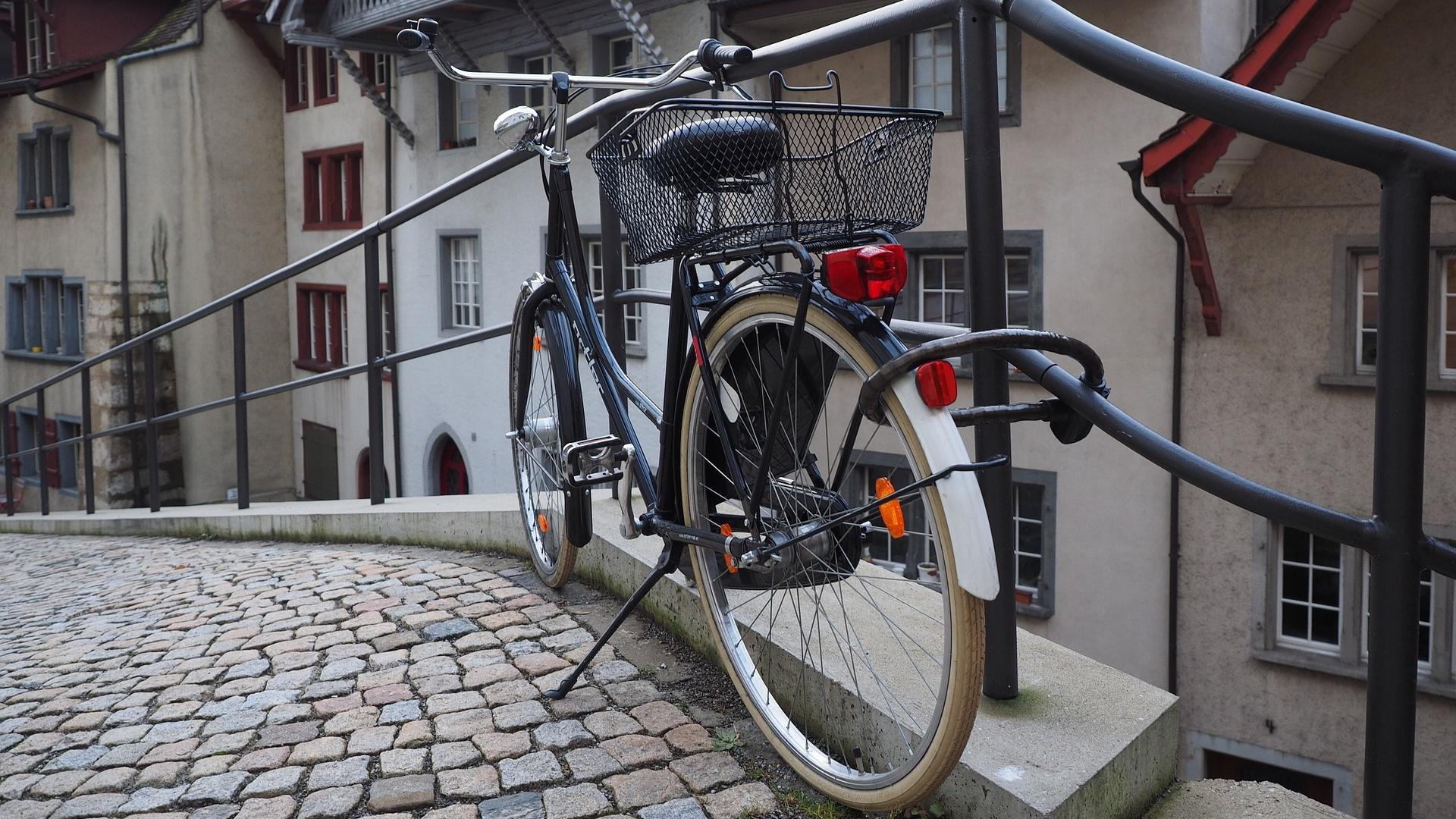 Fahrradreifen wechseln - so geht's