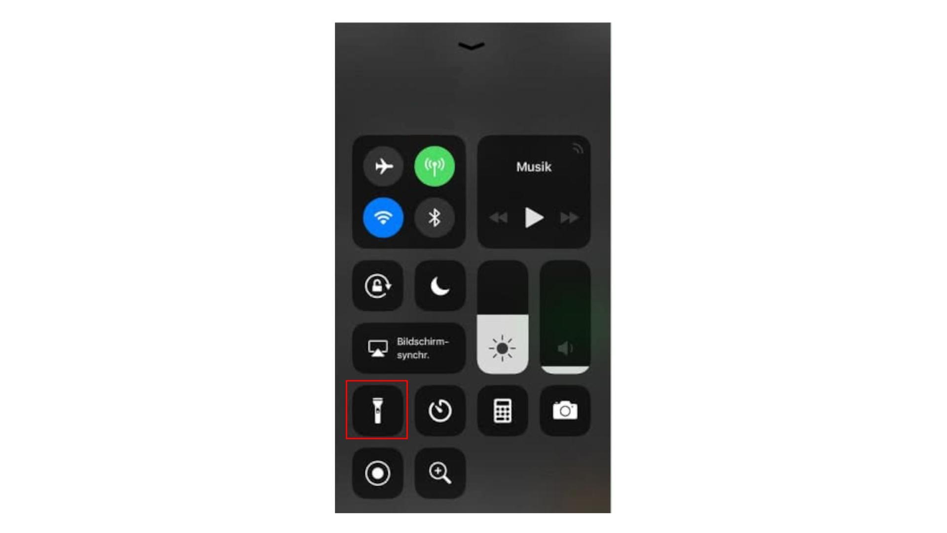 Wenn Sie am iPhone die Taschenlampe ausschalten möchten, können Sie das Kontrollzentrum dafür nutzen.