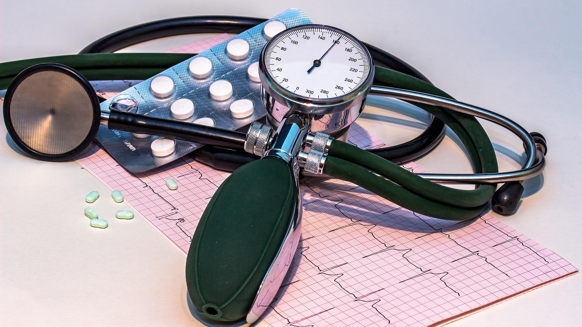 Nach der HRV-Messung wertet der Arzt meistens im Gespräch mit Ihnen zusammen das EKG aus.