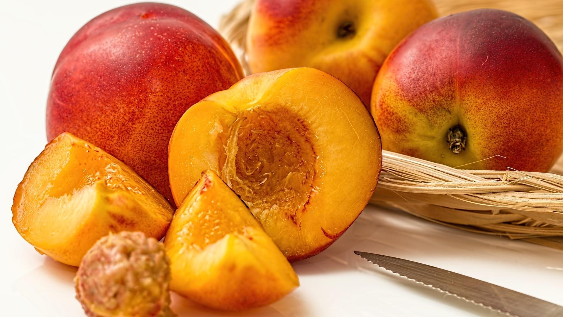 Pfirsiche sind dank Ihrer Inhaltsstoffe sehr gesund.