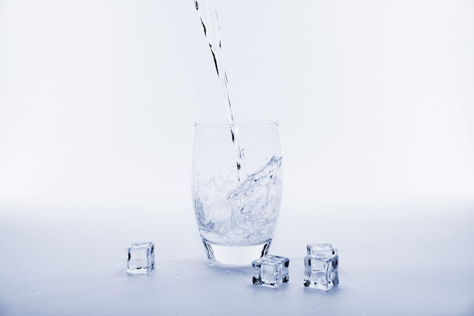 Es gibt viele Trink-Mythen über Wasser