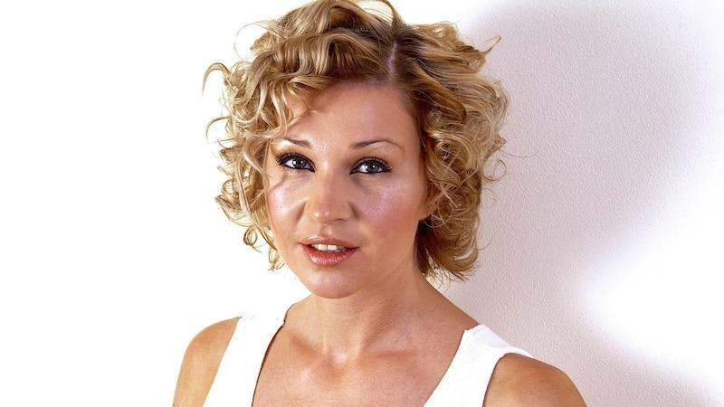Die Pflege einer Dauerwelle muss auf Ihr Haar abgestimmt sein.