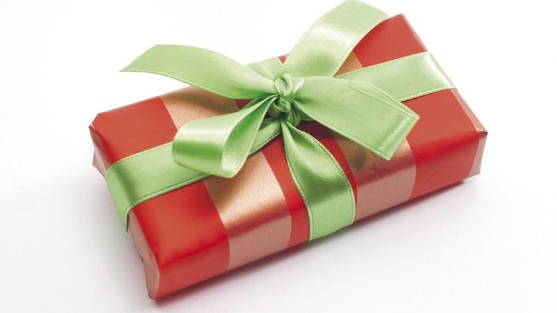 Geschenke richtig verpacken - eine Anleitung