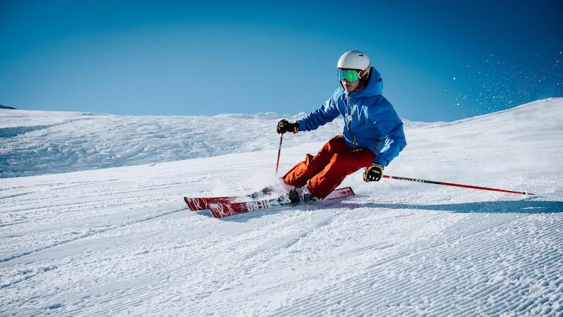 Günstige Wintersportmode: Warm eingepackt für wenig Geld
