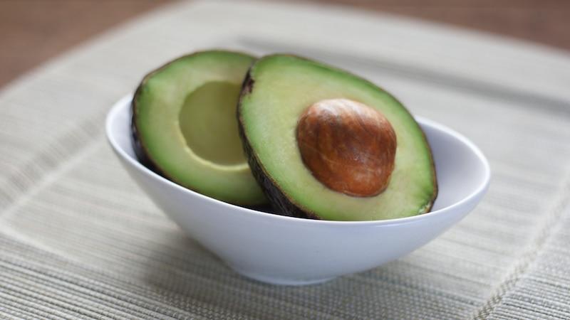 Kekse backen ohne Butter gelingt z.B. mit pürierter Avocado