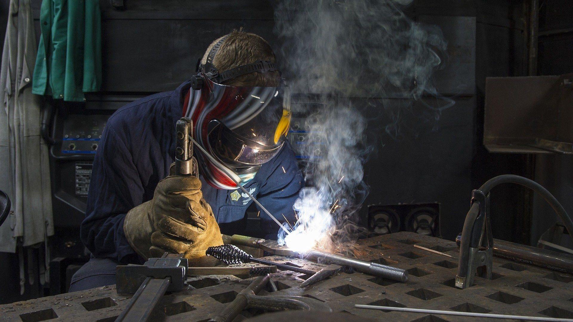 Stahl schweißen sollte grundsätzlich nur ein Fachmann