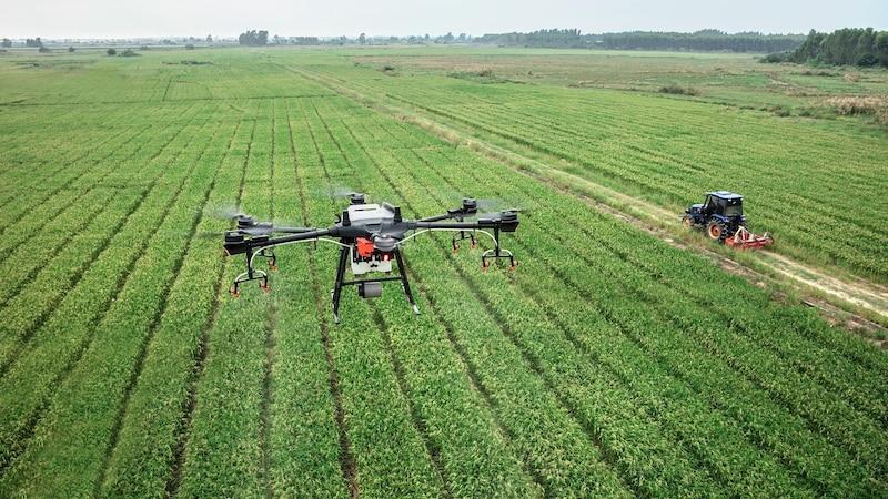 Gewerbetreibende, die einen Drohne verwenden, brauchen eine spezielle Drohnenhaftpflichversicherung.