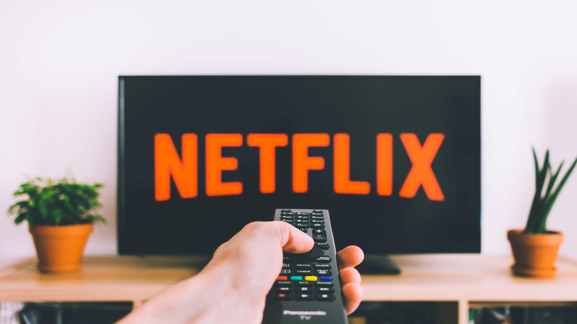 Auch bei Netflix-Produktionen können Sie Komparse oder Statist werden.