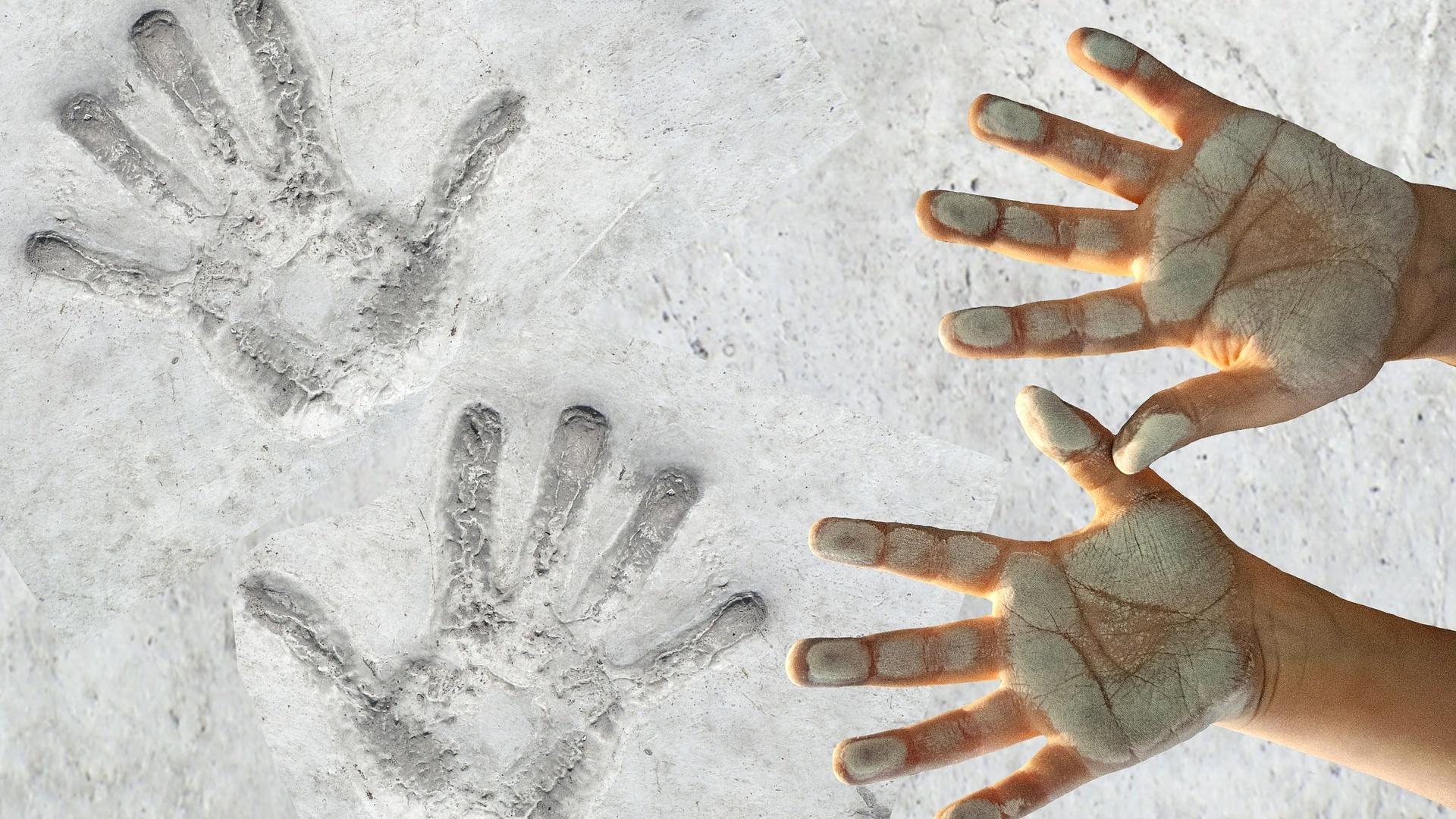 Mit Salzteig gelingt es Ihnen, einen Handabdruck herzustellen, der für die Ewigkeit hält.