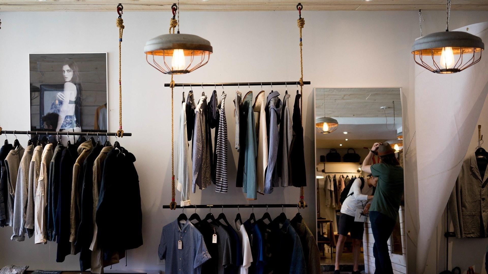 Es gibt viele Alternativen zum klassischen Kleiderschrank.