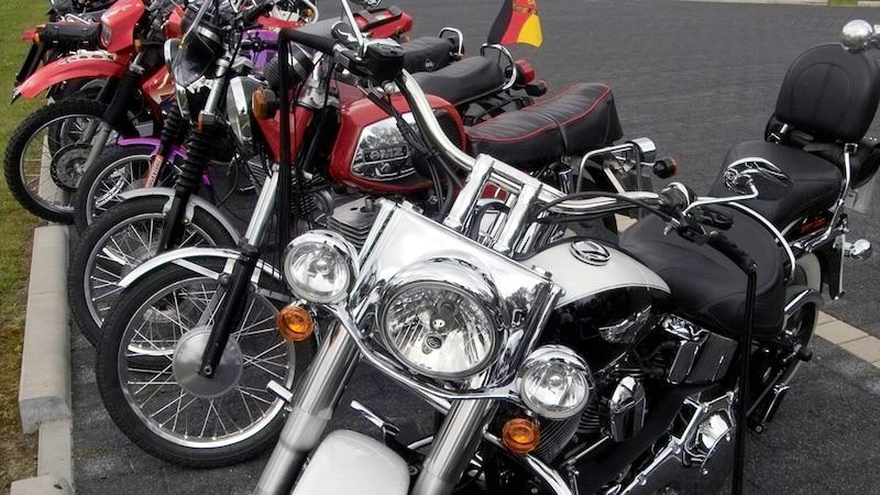 Motorrad anschieben: Das müssen Sie beachten