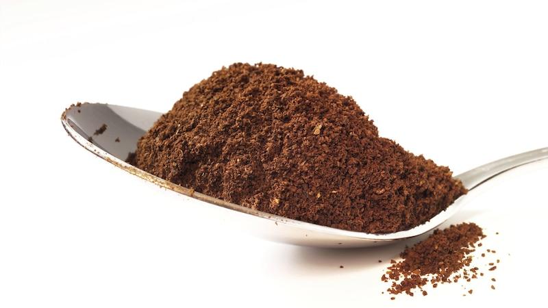 Staubsauger stinkt: Kaffeepulver neutralisiert Geruch