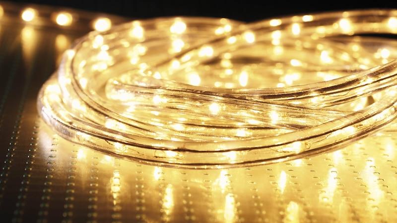 Lichterketten anbringen - so geht's