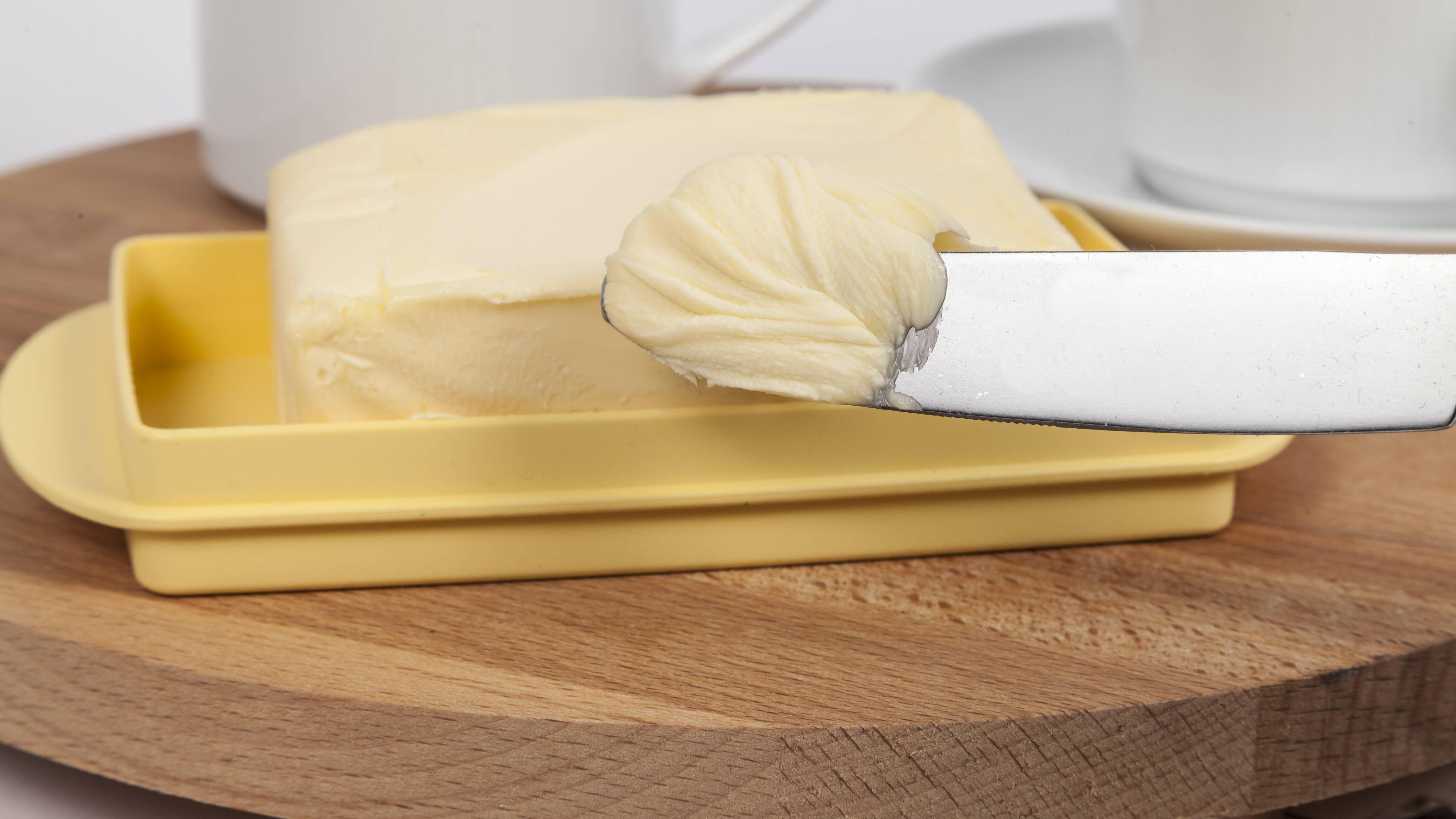 Butter weich machen: Mit diesem Trick geht's ganz schnell