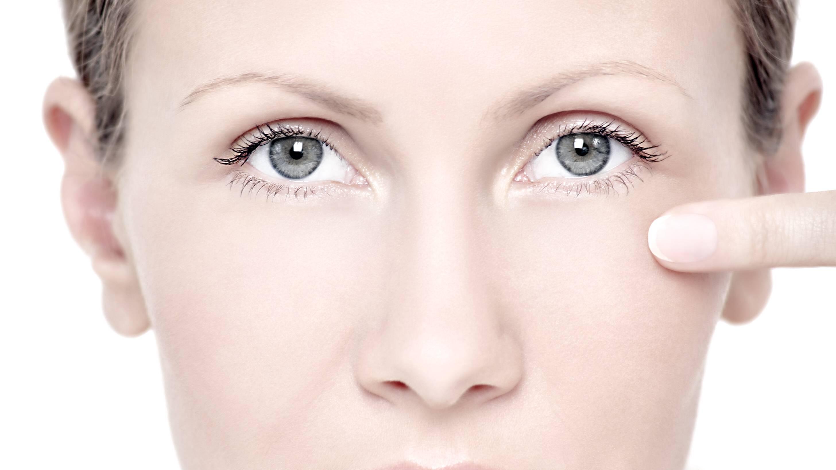 Lichtempfindliche Augen: Ursachen, Symptome und Behandlung