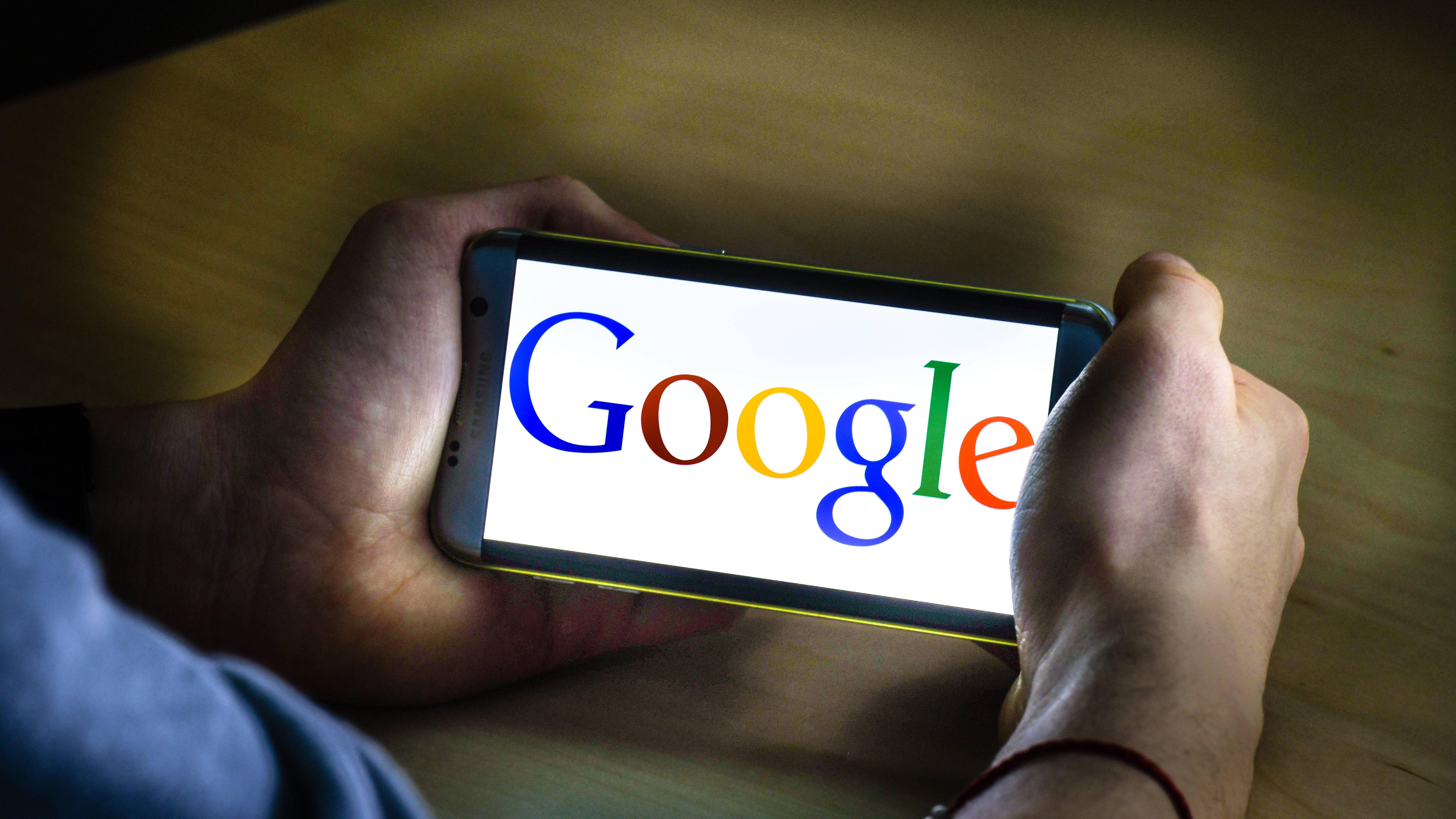 Wenn Sie Google Ads nutzen, sollten Sie Ihre Rechnung regelmäßig aufrufen und speichern.